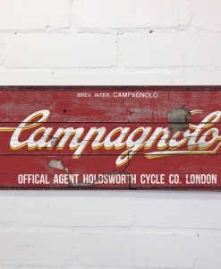 campagnolo wall sign