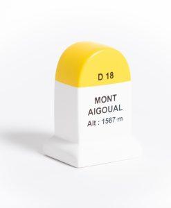 mont aigoual road marker