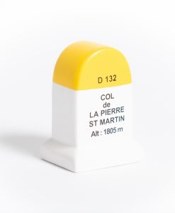 col de la pierre saint martin road marker model