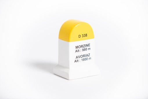 morzine avoriaz road marker