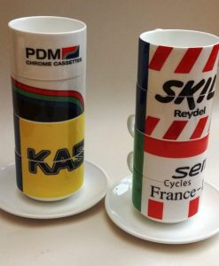Retro-Teams stapeln Cups Set