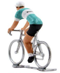 bianchi-miniature-racing-cyclists 2