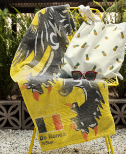 beach towel mock chair flanders lion