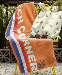 dutch corner towel on chair